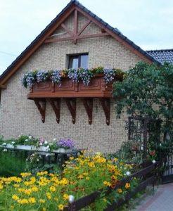 Izoflex plytelės namo fasadas